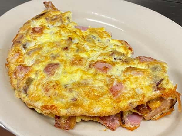 Meat lover's omelet