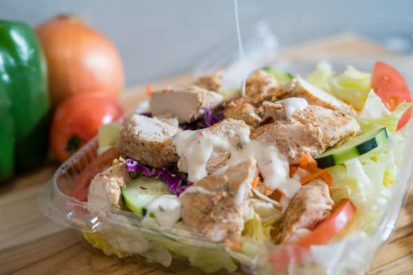Garden Salad with Grilled Chicken*