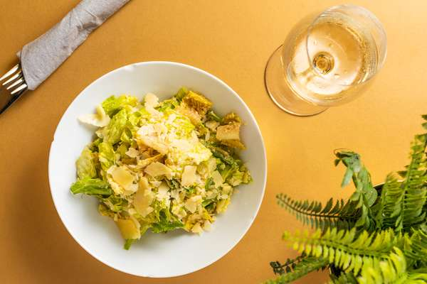 ritrovo caesar salad