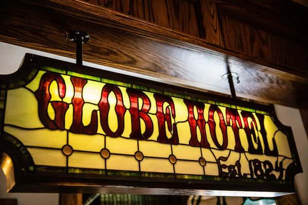 globe hotel sign