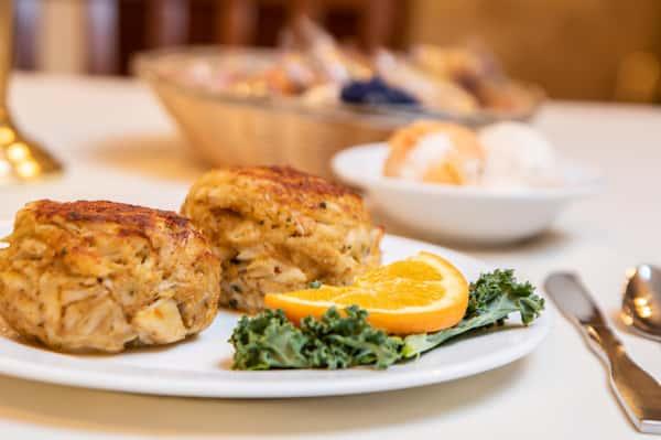Crab Cake Platter (2)