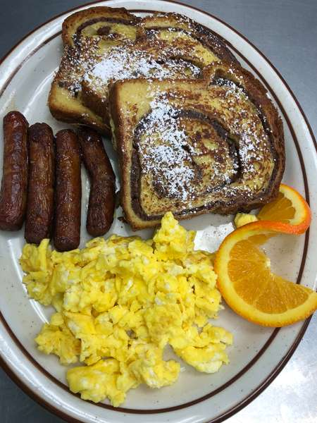 Cinnamon Raisin Breakfast Plate
