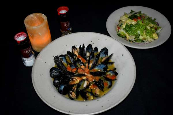 Mussels Blanco