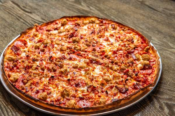 meat lovers pizza_006