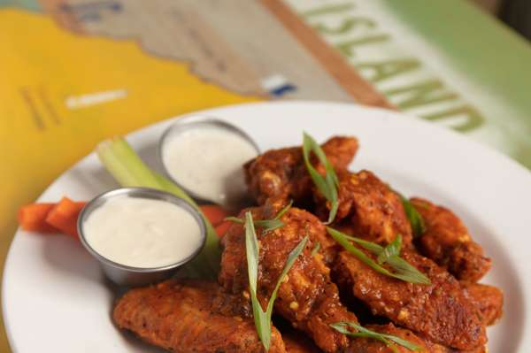 chubasco wings