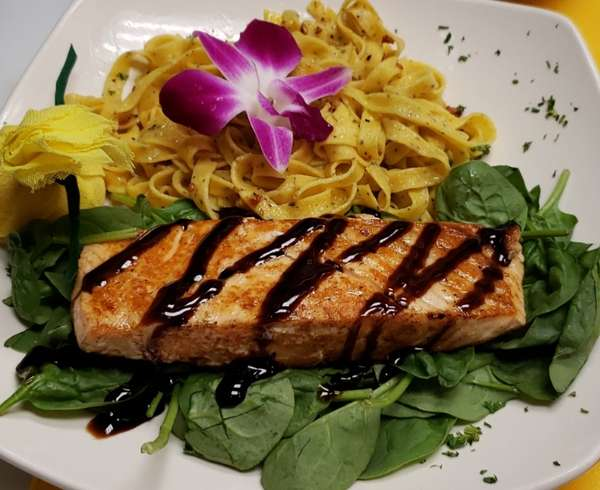 GRILLED SALMON BALSAMIC