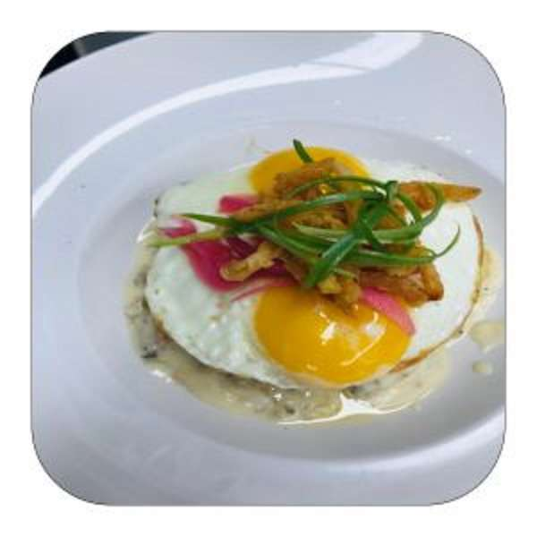 Biscuits & Gravy (With eggs)