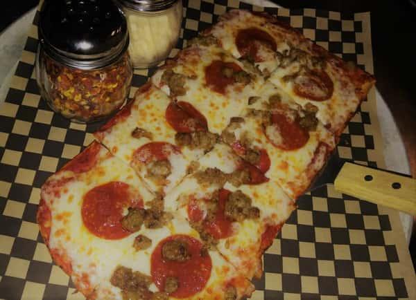 Pepperoni & Sausage Flatbread