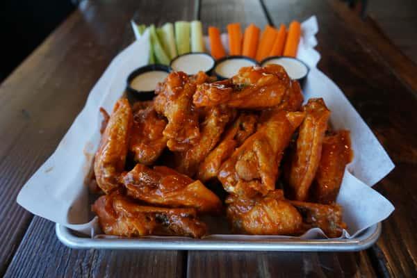 (24) Henry's Chicken Wings