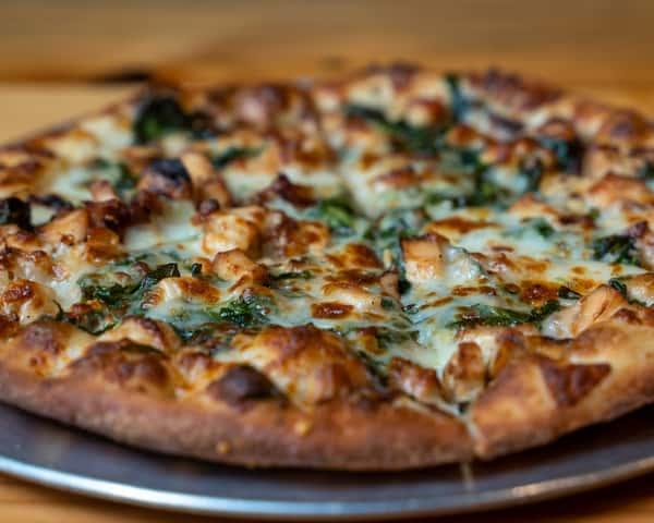 Roasted Garlic Chicken Pizza