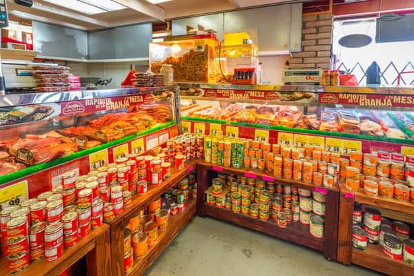 La Reyna Market supermarket