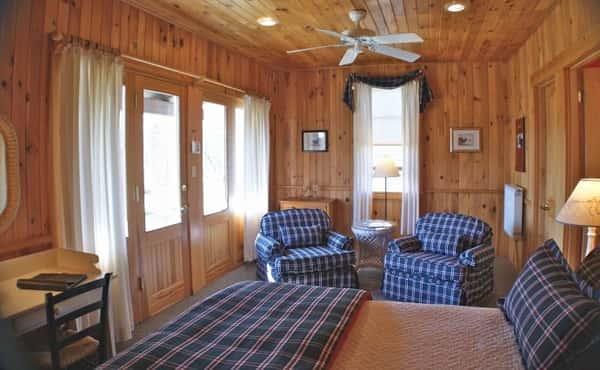 cottage-4b-690