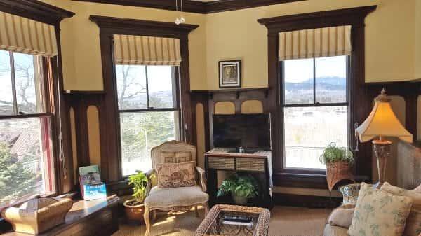 master-suite-sitting-room