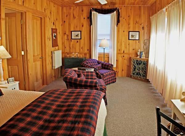 cottage-5b1-690