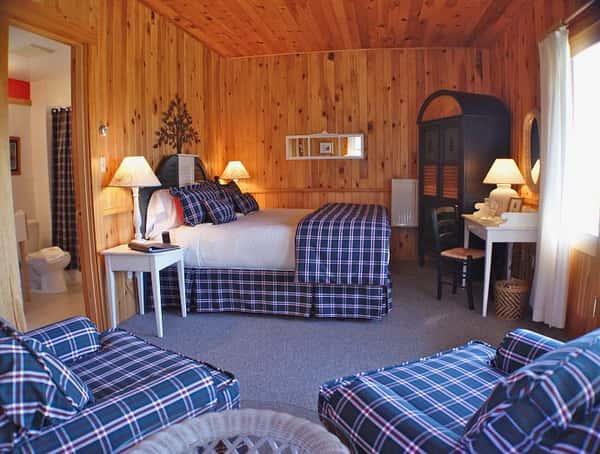 cottage-4a-690