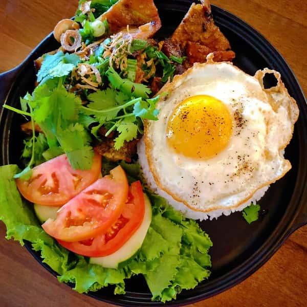 Grilled Meat Rice / Cơm Thịt Nướng