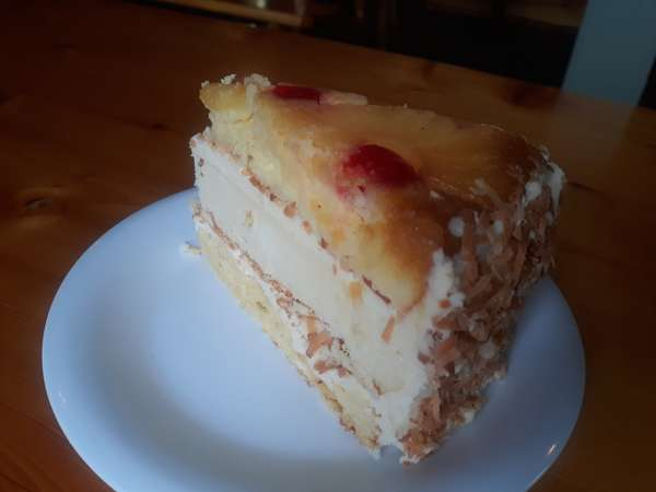 Pineapple Upside-Down Cake Cheesecake