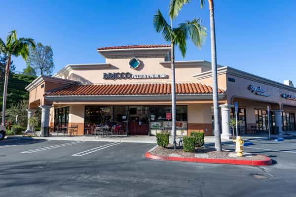 exterior or restaurant
