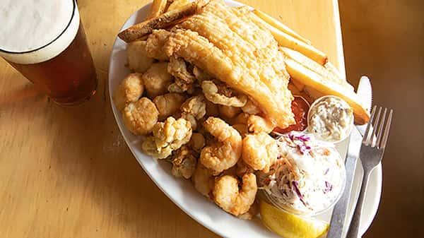 L&J's Famous Fish Tale Platter
