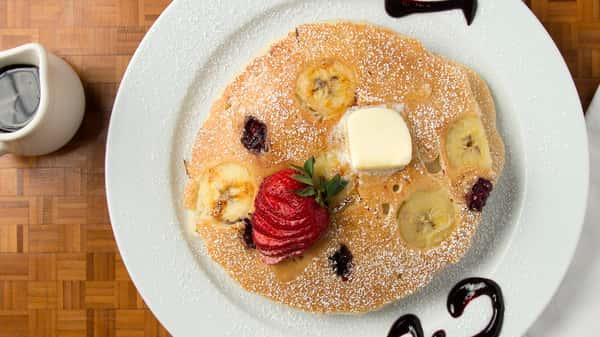 Banana & Blackberry Pancakes