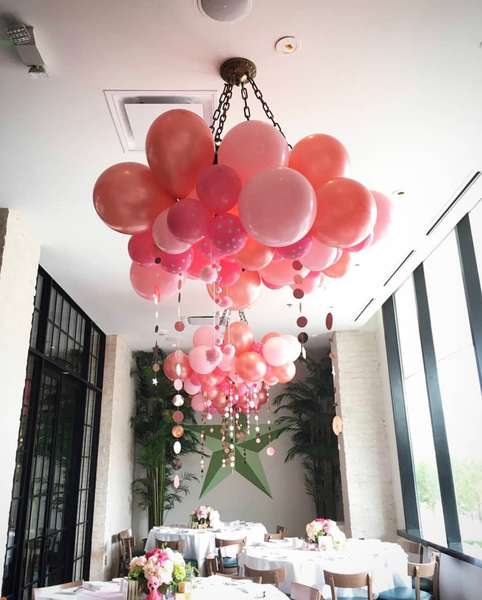 balloons at event