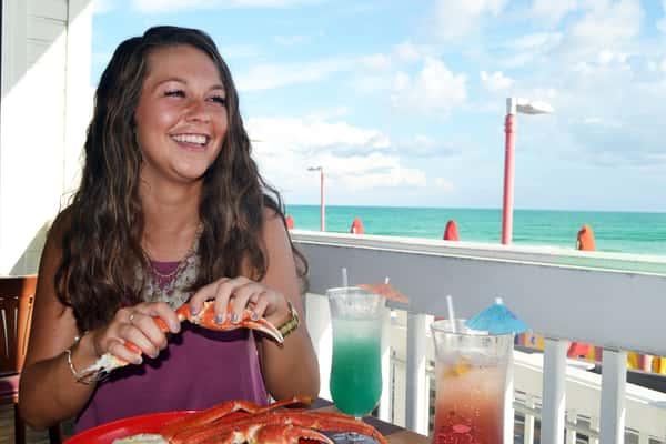 Beachside Dining in Destin
