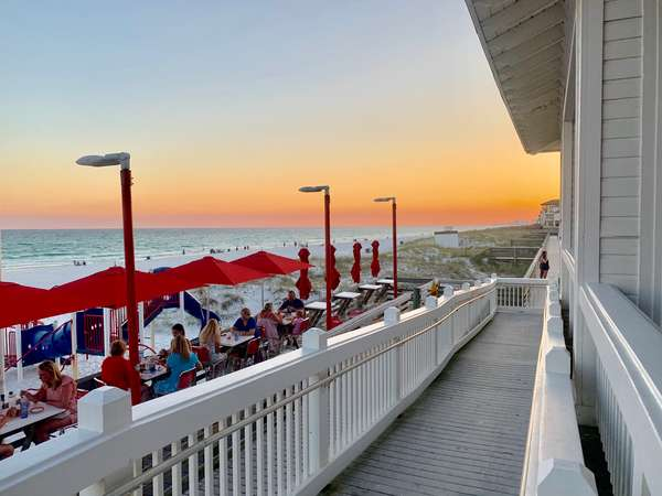 Waterfront Dining in Destin