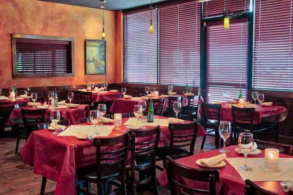 Lomonte's Italian Restaurant