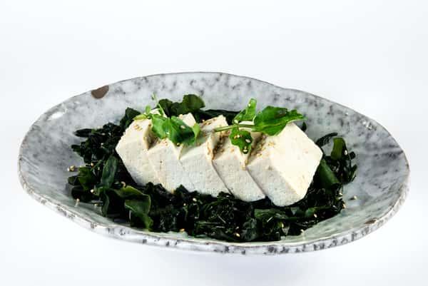 Tofu & Seaweed Salad