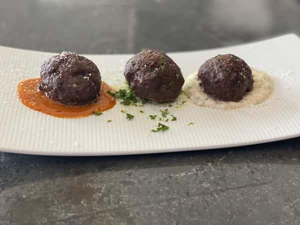 Emu Meatballs