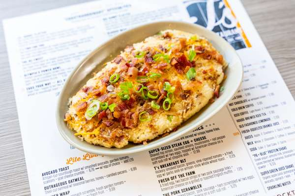 T's SMOKY BACON + CHEDDAR GRITS