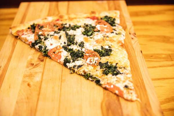 spinach tomato slice