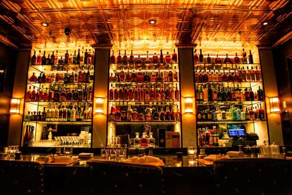 the bar at Turner's