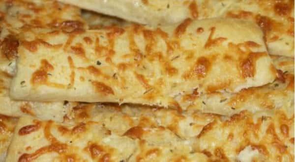 Cheesy Jumbo Breadsticks