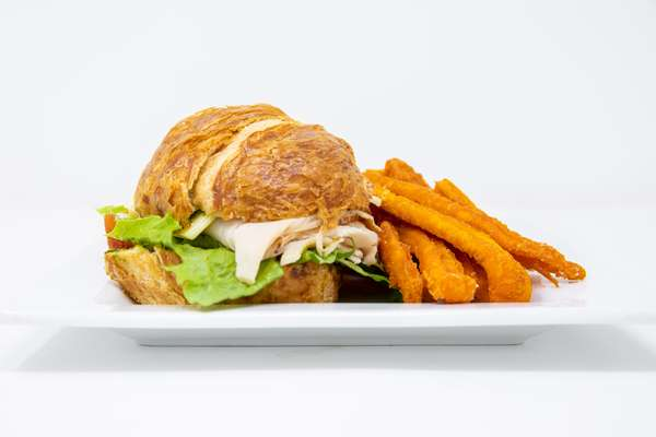 Roasted Turkey & Pesto Sandwich