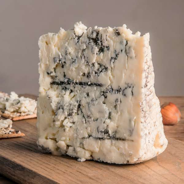 Smokey Blue | Cow's Milk Cheese
