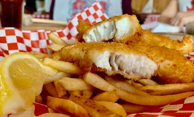 Halibut & Chips