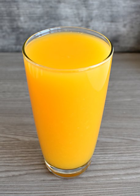 100% Fresh-Squeezed Orange Juice